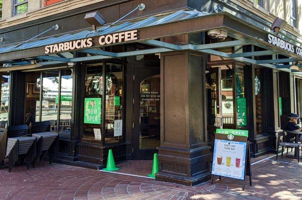 Starbucks Coffee(スターバックスコーヒー)|バンクーバー内にも100店舗以上あります