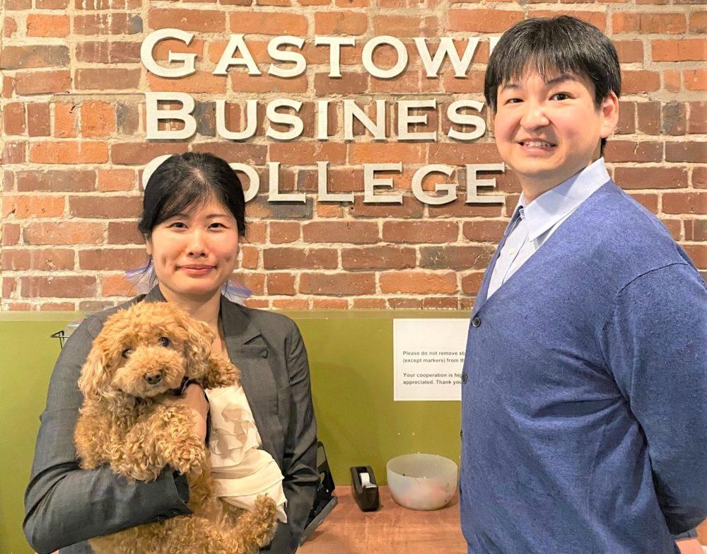 【しんちゃんの学校訪問記】Gastown Business Collegeのカウンセラー相京佳那さんへインタビュー!